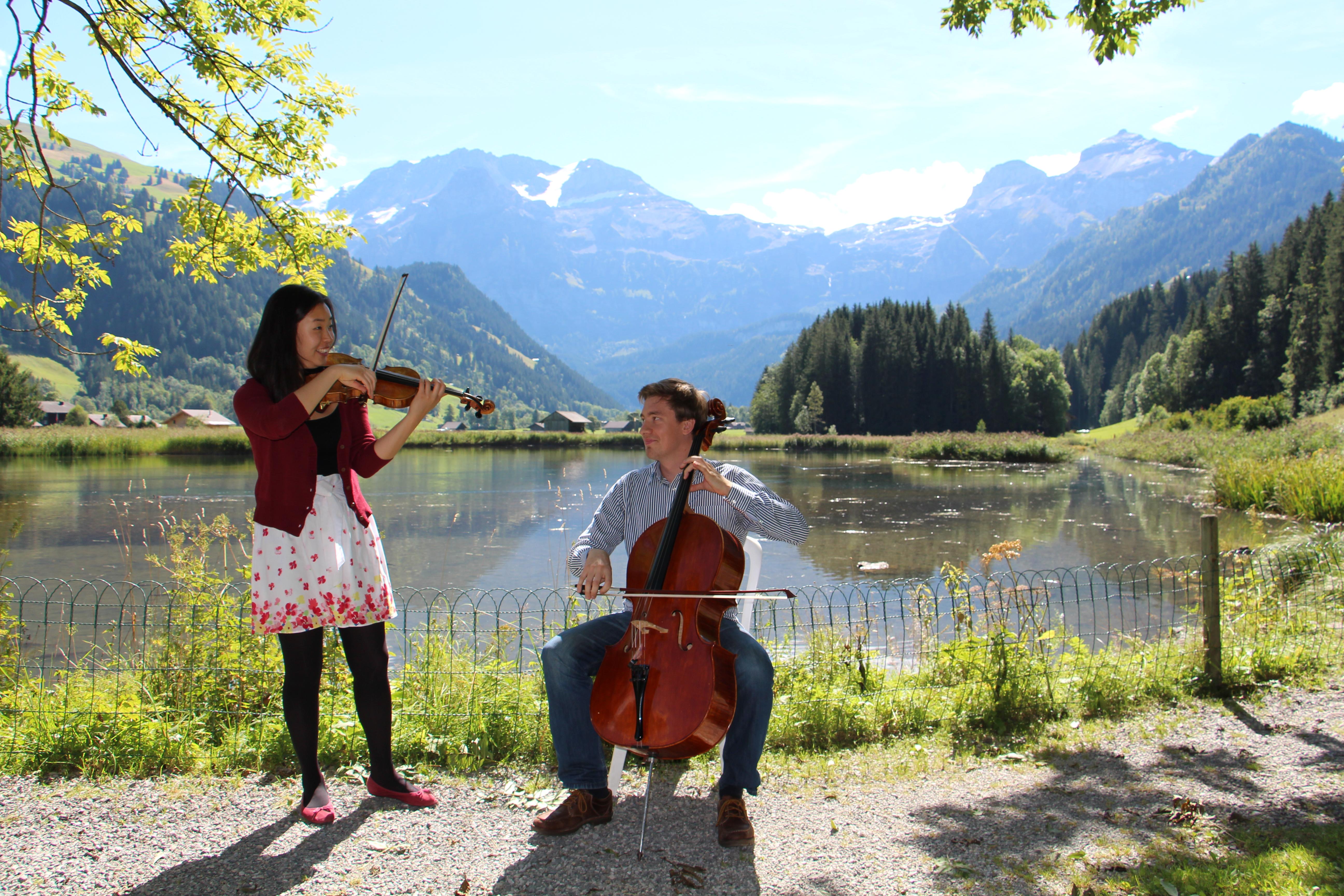 Faire de la musique au lac «Lenkerseeli»