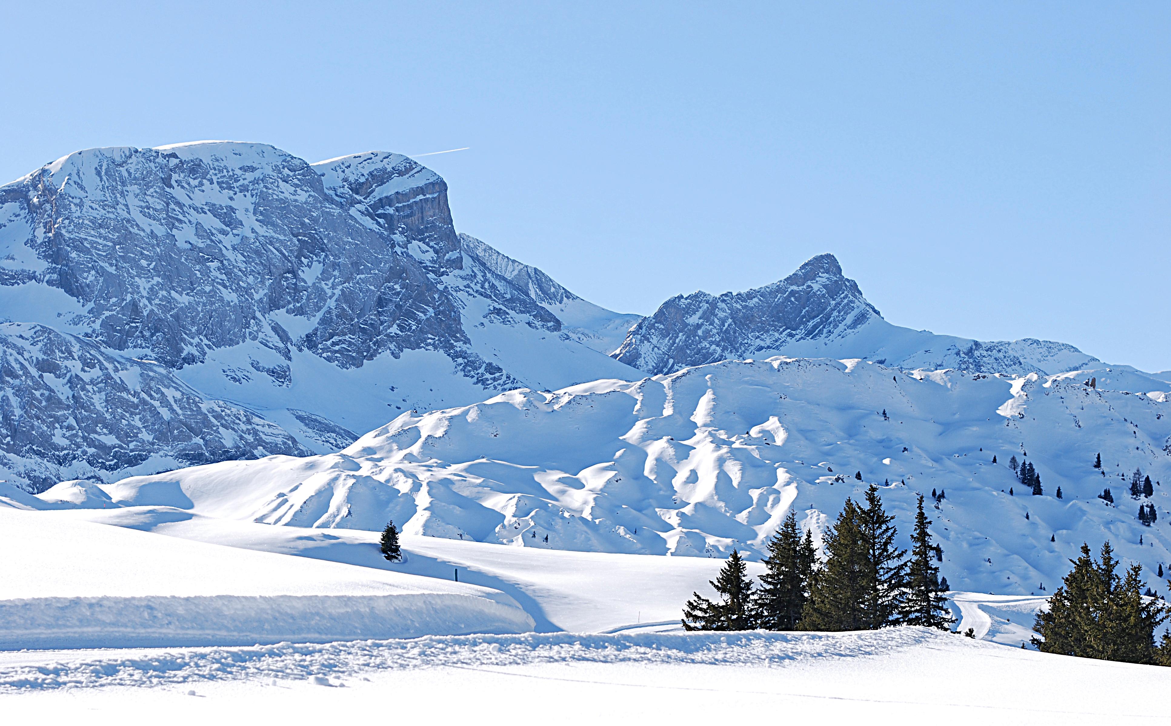 Sentier de randonnée hivernale du Niesenhorn au Leiterli