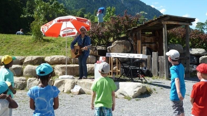 Kinderprogramm: Musik John Hänni Lenkerseeli Lenk