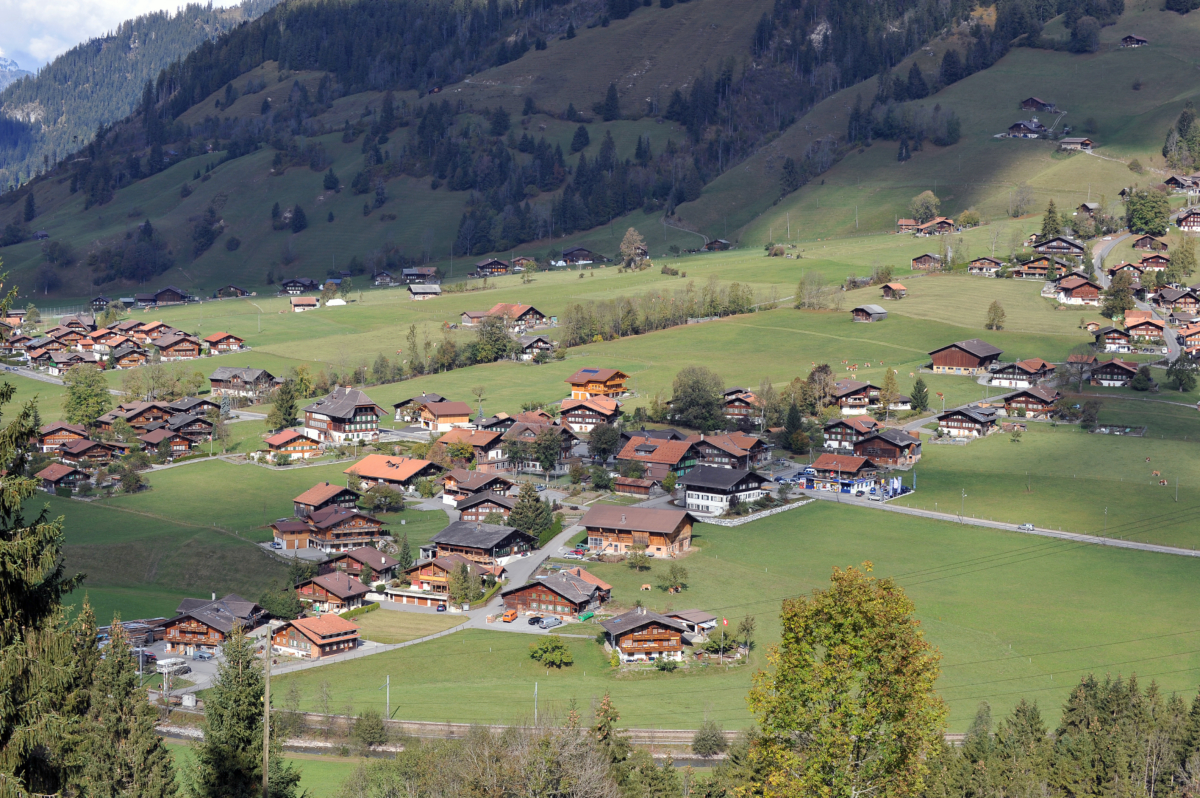 Small but cute – the mountain village St. Stephan and Matten