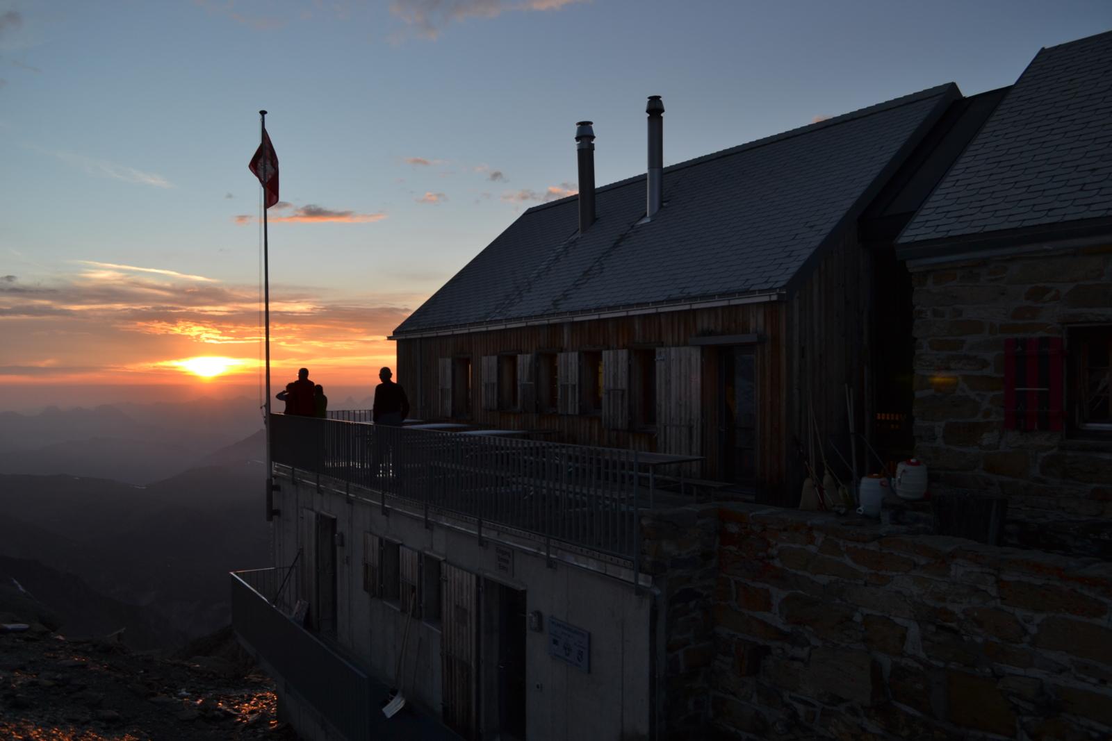 Lenk Wildstrubelhütte Terrasse
